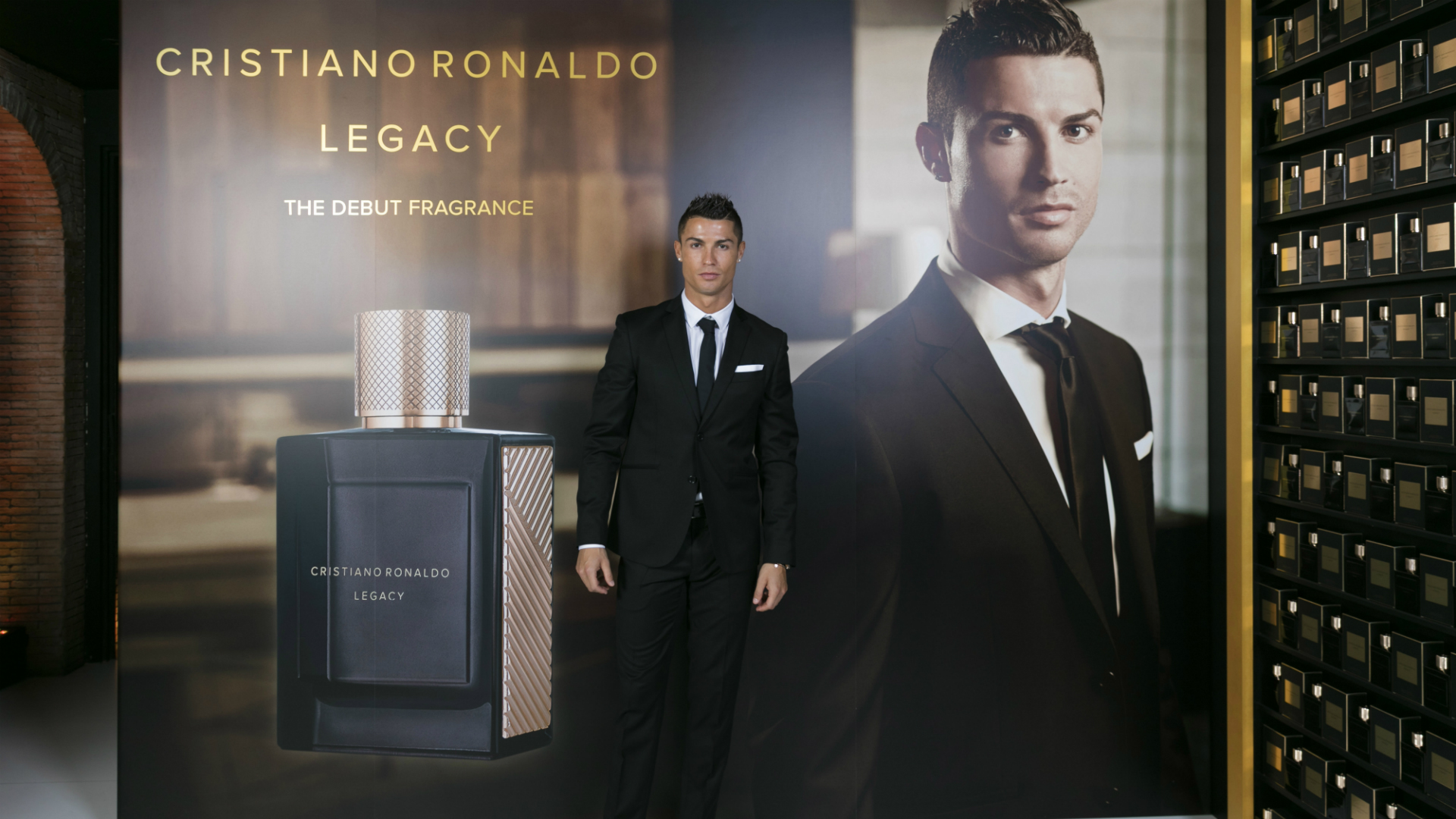 cristiano ronaldo real madrid star launches new fragrance. Black Bedroom Furniture Sets. Home Design Ideas