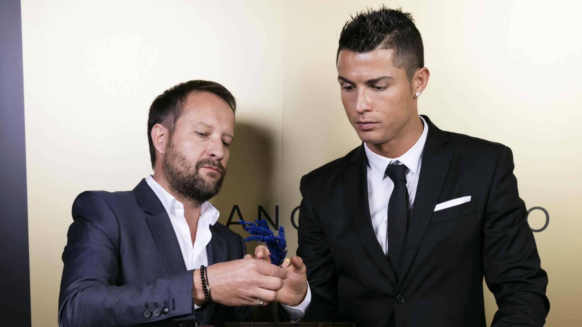 the maestro cristiano ronaldo launches first fragrance latest news in. Black Bedroom Furniture Sets. Home Design Ideas