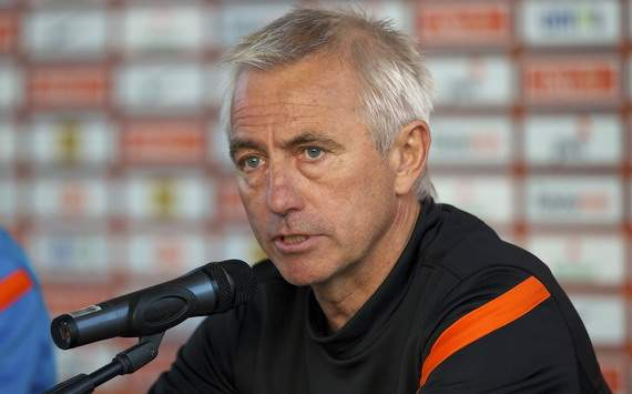 Van Marwijk: Van Persie has done a good job so far