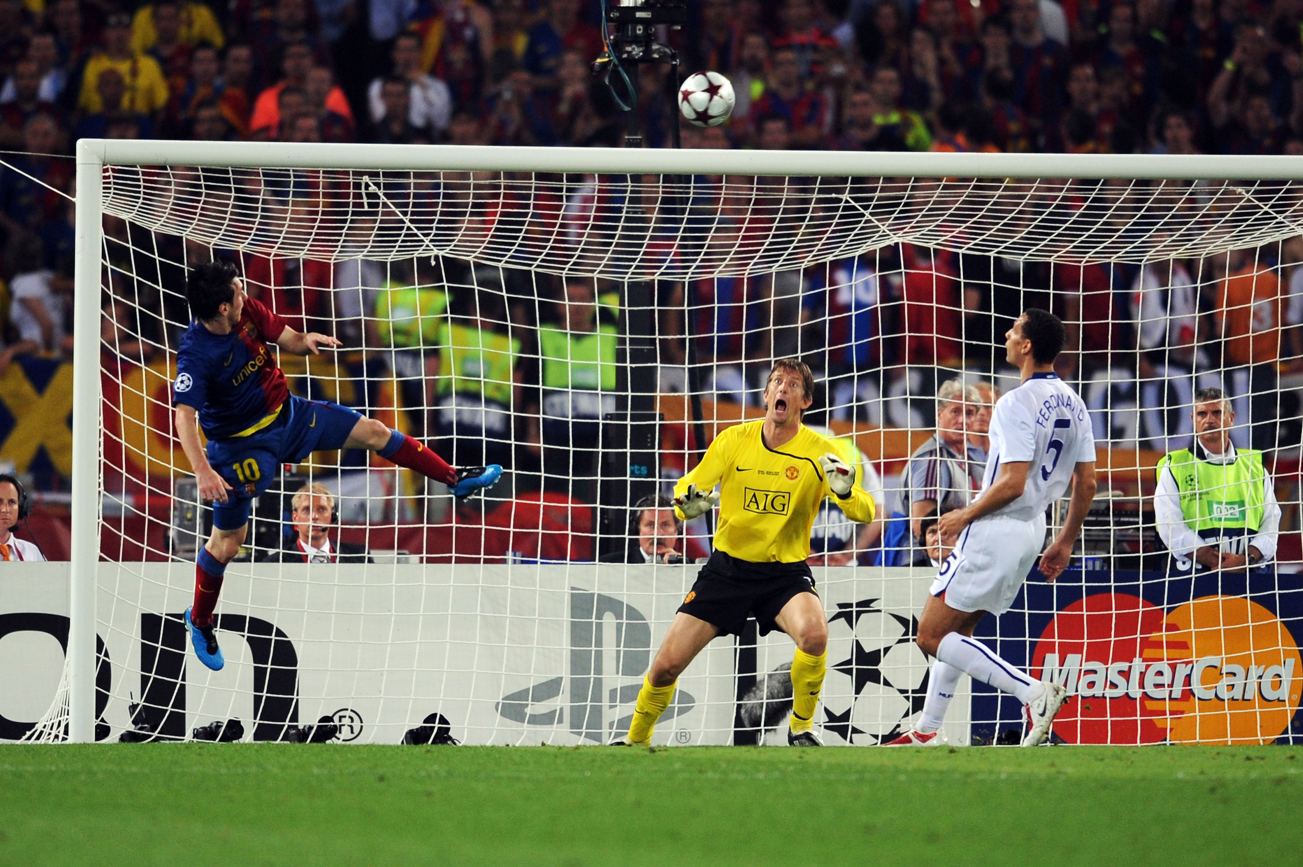 100 games for Messi, the Champions League's greatest ...