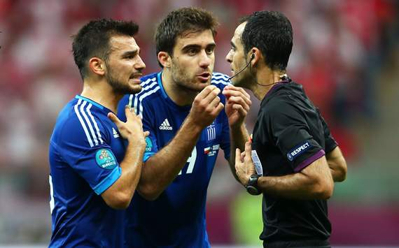 گزارش تصويري از ديدار افتتاحيه يورو 2012 بين لهستان و يونان