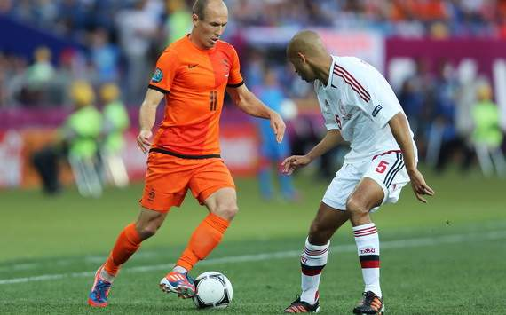 Arjen Robben vs Simon Poulsen, Netherlands - Denmark, Euro 2012