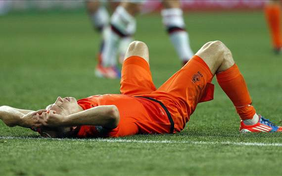 Maradona: Robben has missed more chances for Netherlands than he did in the Champions League final