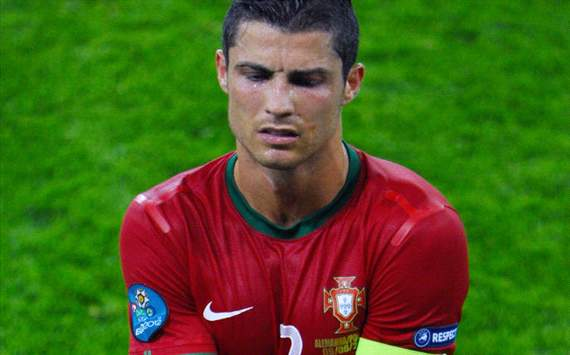 TEAM NEWS: Cristiano Ronaldo and Nani start in unchanged Portugal side against Denmark