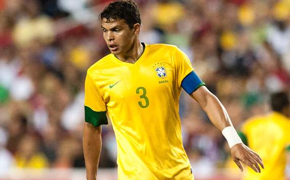 Thiago Silva's agent confirms Paris Saint-Germain talks
