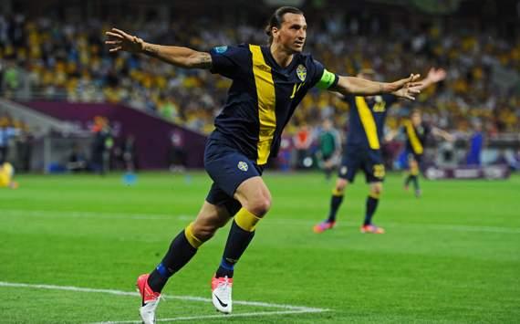 يورو 2012   ماضي ميلان يهزم حاضره وأوكرانيا تحقق فوزها الأول