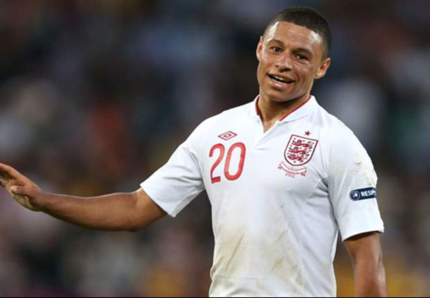 Hodgson wants more consistency from Oxlade-Chamberlain