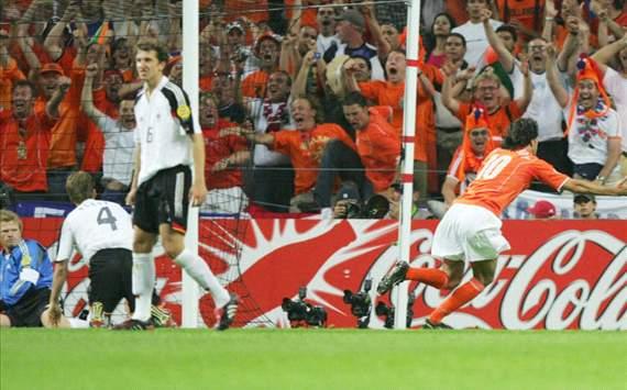 ليلة المباراة   الألمان يُخططون لتحطيم الطواحين واعادتهم لامستردام قبل الآوان