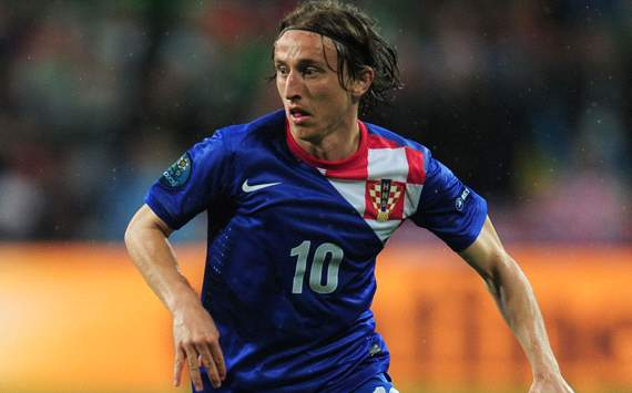 Barcelona Pantau Luca Modric