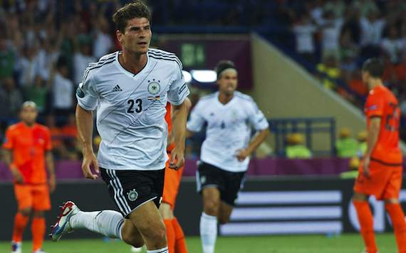 Mario Gomez leads Euro 2012 Golden Boot market but the best value is backing Cristiano Ronaldo