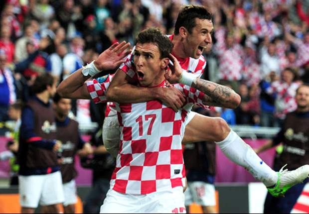 Mandzukic on Bayern Munich radar as Dzeko talks stall