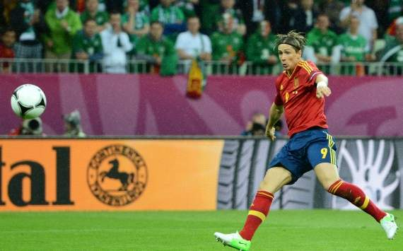 False nine; true nine: Should Spain start Fabregas or Torres against Croatia?