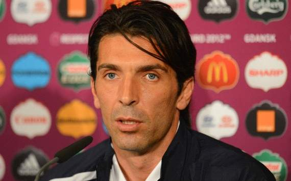 Gianluigi Buffon Optimis Italia Lolos Ke Babak Kedua