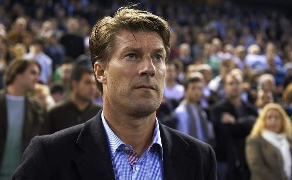 Michael Laudrup, favorito de la hinchada para sustituir a Mourinho