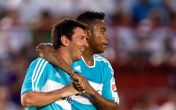 Robinho, Dunga y Ortega ya estn en Bogot para jugar con Leo Messi