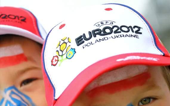 يورو 2012 | بولندا تطرد العنصرية وتثبت خطأ الإعلام