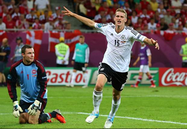 I don't care where I play as long as Germany are successful, insists makeshift right-back Bender