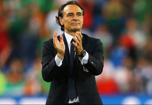 Prandelli will consider Totti for World Cup 2014