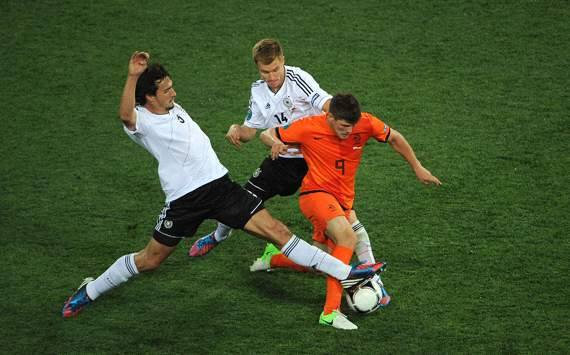 Huntelaar: Netherlands will beat Germany