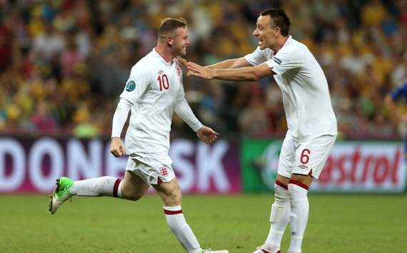 UEFA EURO 2012 :Wayne Rooney  - John Terry, England v Ukraine