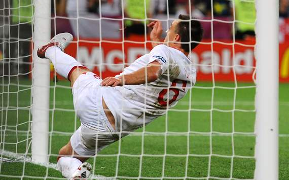 Free bet of £50 for every customer when England take on Italy at Euro 2012