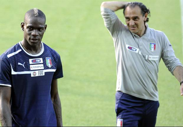 Italy must hang their Euro 2012 hopes on unpredictable Balotelli