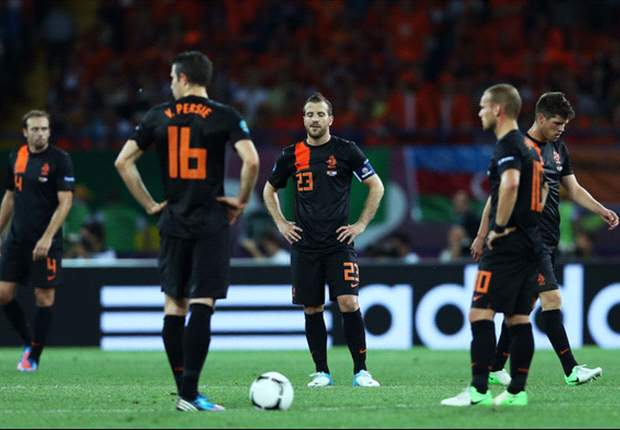 Sulking, moaning & fighting: How the Netherlands' Euro 2012 campaign collapsed in chaos