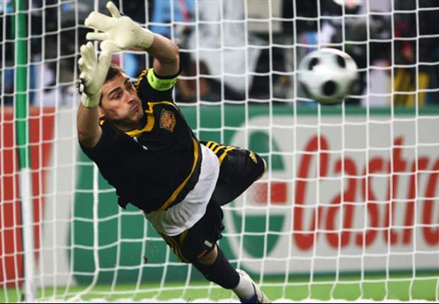 Germany spot on &amp; England shot down: How the penalty shoot-out records of the Euro 2012 quarter-finalists match up