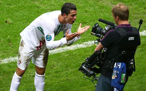 Euro 2012, POR - Ronaldo fait le show 