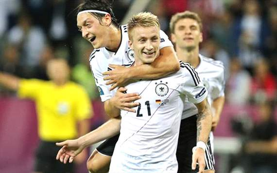 Reus targets Champions League knockout stages with Dortmund