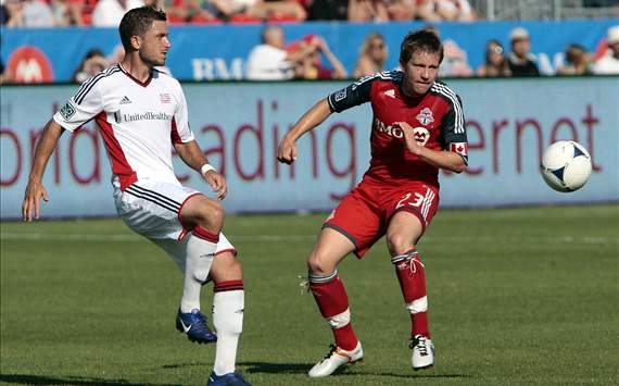 Chris Tierney, Terry Dunfield: Toronto FC - New England Revolution