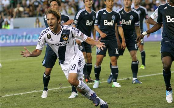 Mike Magee, LA Galaxy - Vancouver Whitecaps, MLS