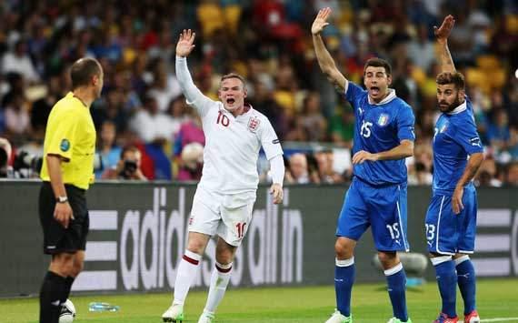 Asisten Capello Serang Rooney