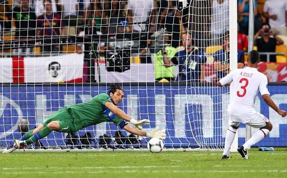 ایتالیا-انگلیس