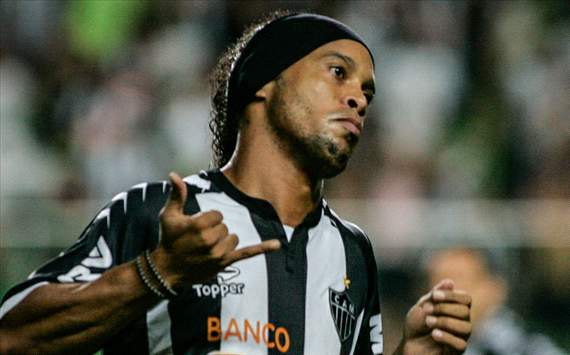 Ronaldinho exalta grupo e &quot;noite especial&quot; do Atltico-MG