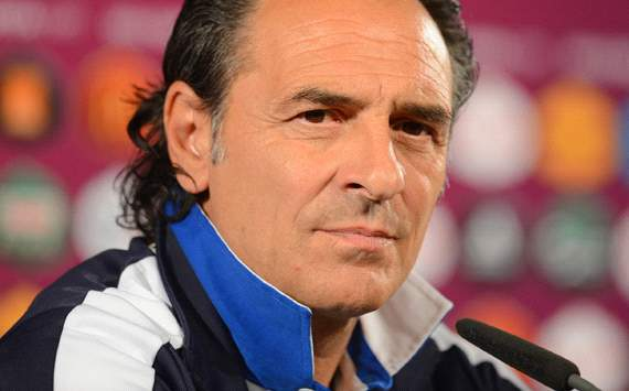 Italy squad will be renovated for World Cup 2014, warns head coach Prandelli