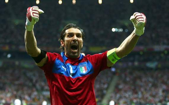 Buffon wants to win Euro 2012 for Italy fans
