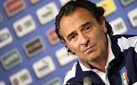 Prandelli expects Spain to try and 'suffocate' Italy & insists rivals are not boring