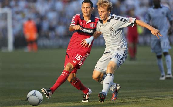 Marco Pappa, Chicago Fire; Seth Sinovic, Sporting Kansas City; MLS
