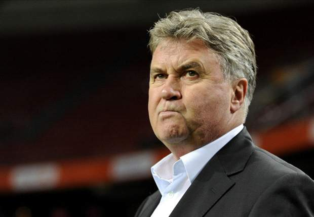 Hiddink en Anzhi aan kop in Rusland