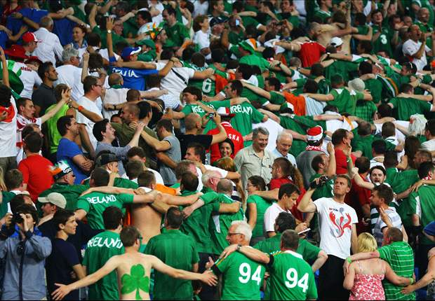 Republic of Ireland supporters rewarded for good behaviour during Euro 2012