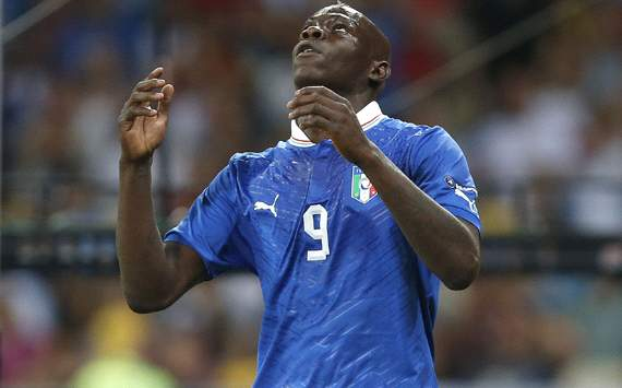Balotelli: I want a paternity test
