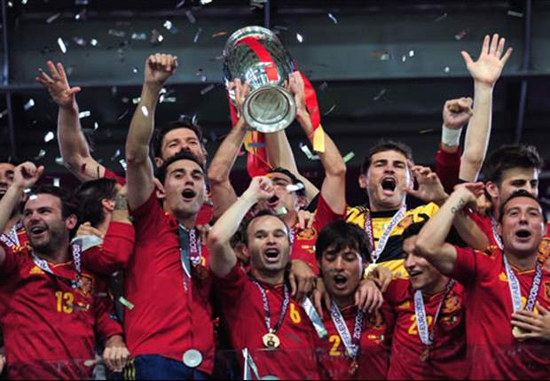 'It's time to enjoy our win with the people' - Casillas, Alonso and Fabregas lead Spanish celebrations in Madrid