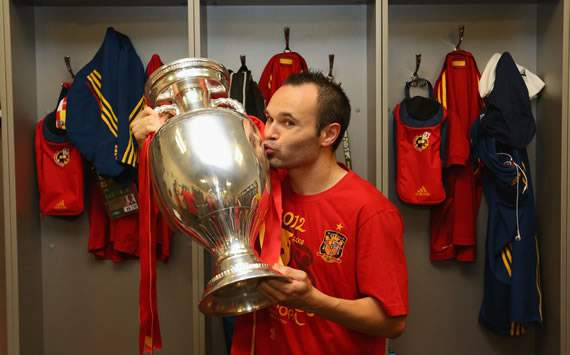 Iniesta named best player of Euro 2012