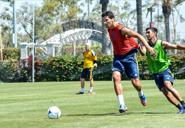 Omar Gonzalez resumes full training, eyes a return within the month