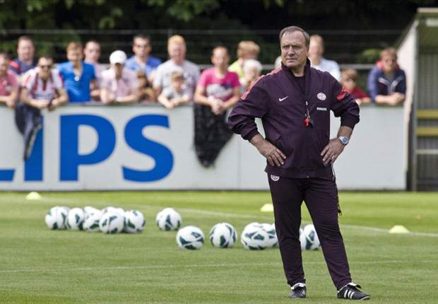 'AZ will be highly motivated' - Advocaat expecting tough test for PSV