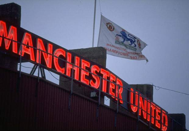 Manchester United signs two Chinese sponsorship deals