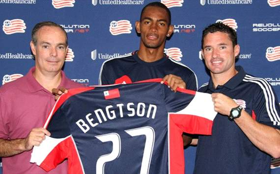 Jerry Bengtson - New England