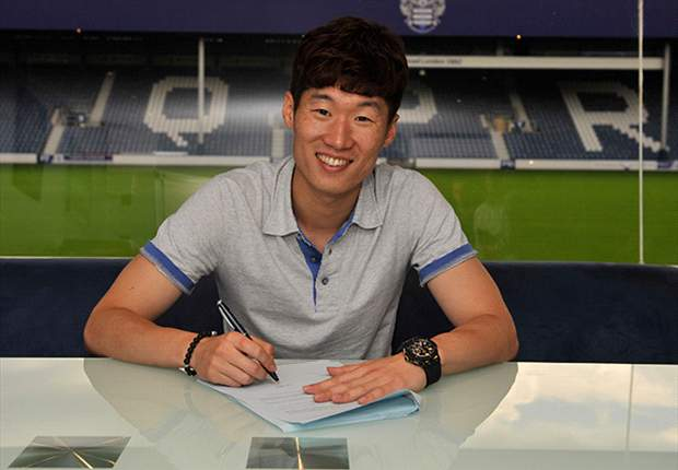 Manchester United opposed Park Ji-Sung's transfer until the end, says player's father