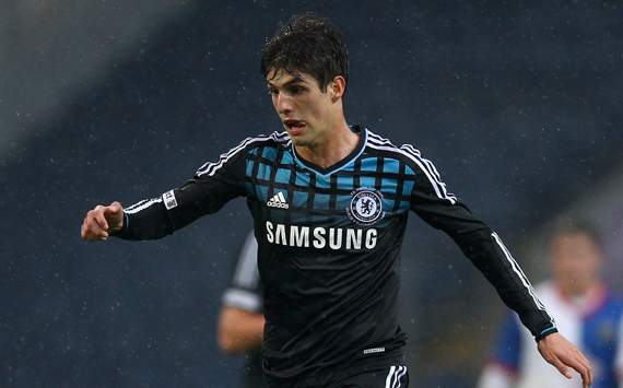 Lucas Piazon Resmi Dipinjam Malaga